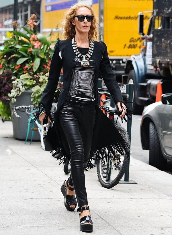 elena-lima-street-style-flatform-leather-pants-jacket-style